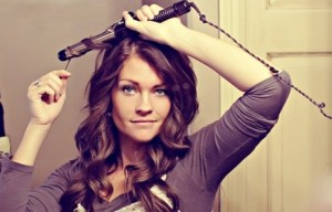 How-to-Curl-Your-Hair-Using-Curling-Iron
