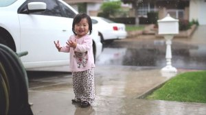 little-girls-first-time-experiencing-rain